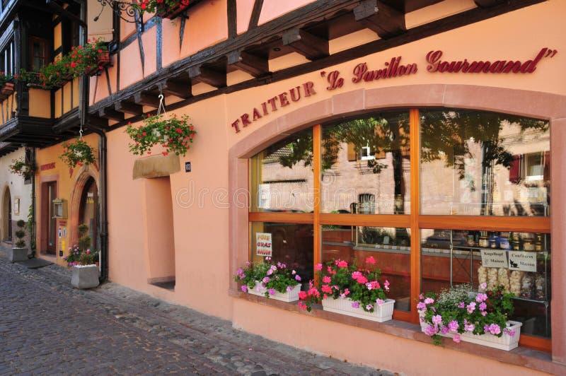 Bovenrijn, het schilderachtige dorp van Eguisheim royalty-vrije stock foto's