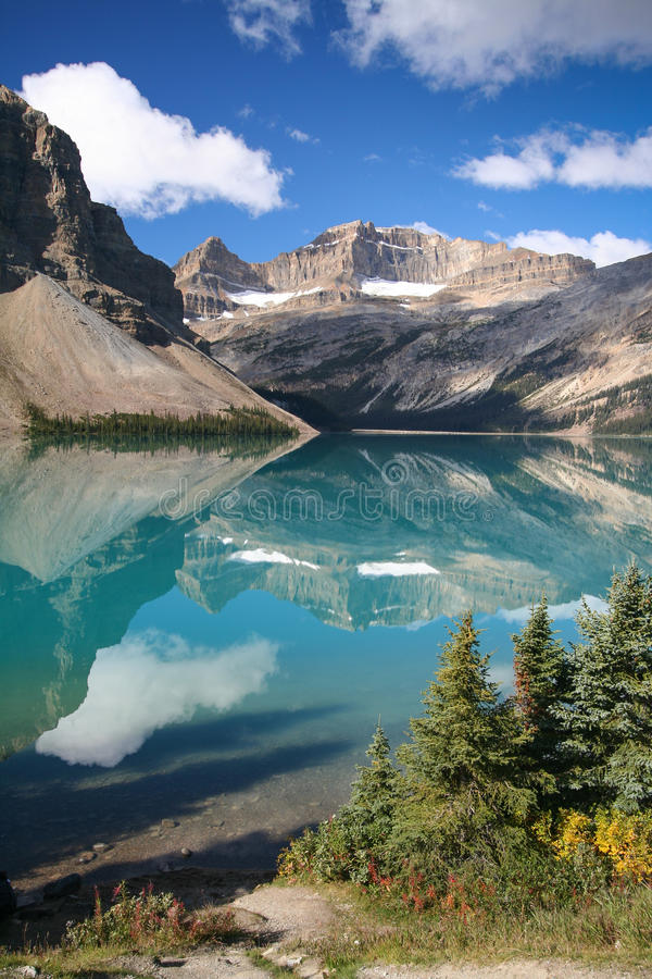 Bow Lake at the Banff National Park. In Canada stock images