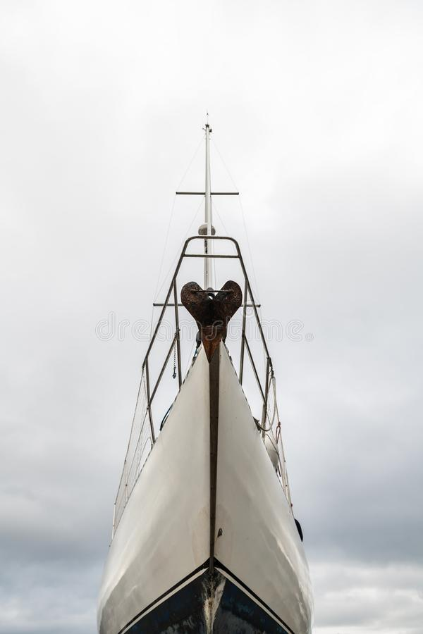 Free Bow Of A Wooden Sail Boat Stock Photography - 137055962