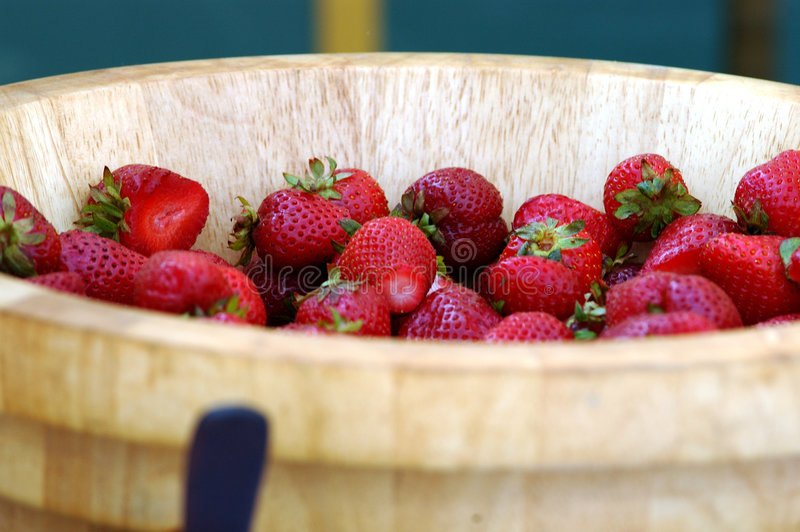 Download Bowl of Berries stock photo. Image of close, farm, fruit - 116836