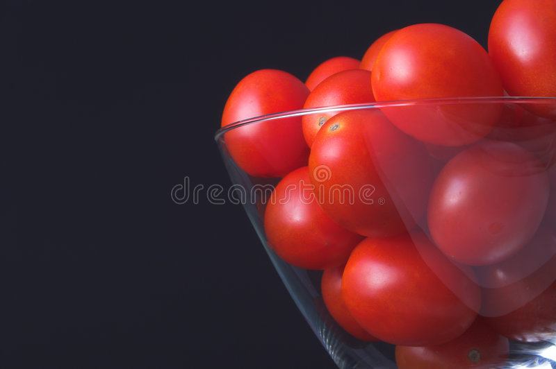 Bowl Of Grape Tomatoes Royalty Free Stock Image