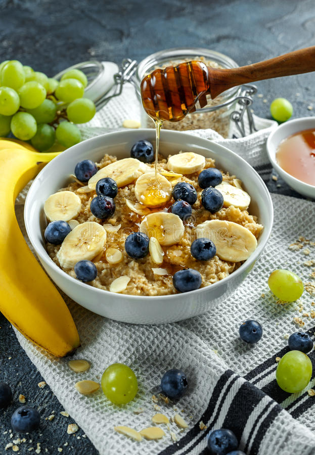 Bowl Of Healthy Breakfast Oatmeal With Ripe Blueberries ...