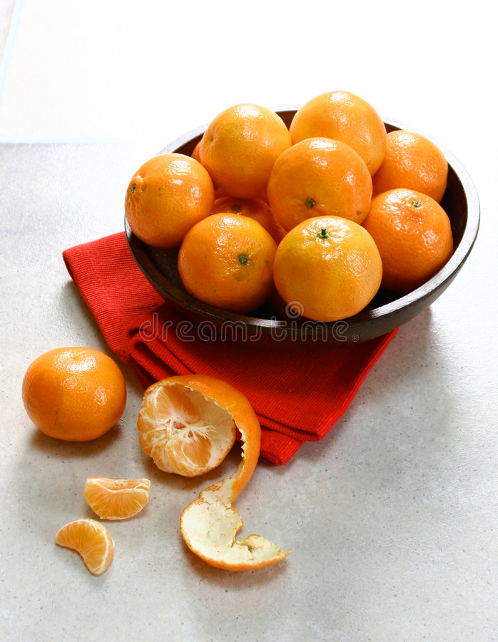 Free Bowl Of Clementine Mandarin Oranges Stock Photography - 1978482