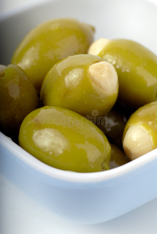 Free Bowl Of Olives Stock Photography - 2436332