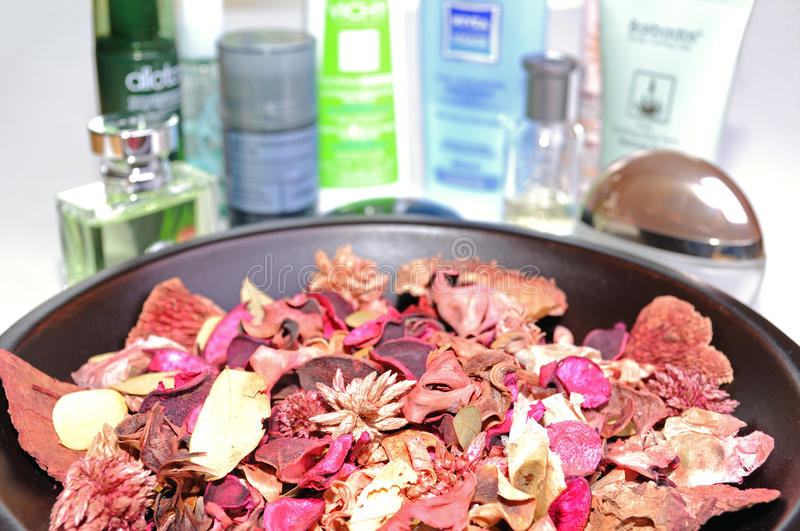 Bowl of potpourri royalty free stock images