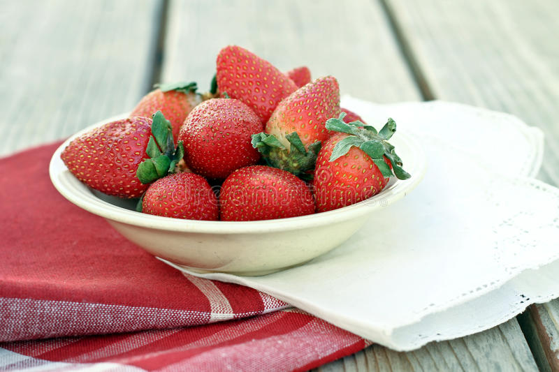 Bowl Of Strawberries Royalty Free Stock Photography