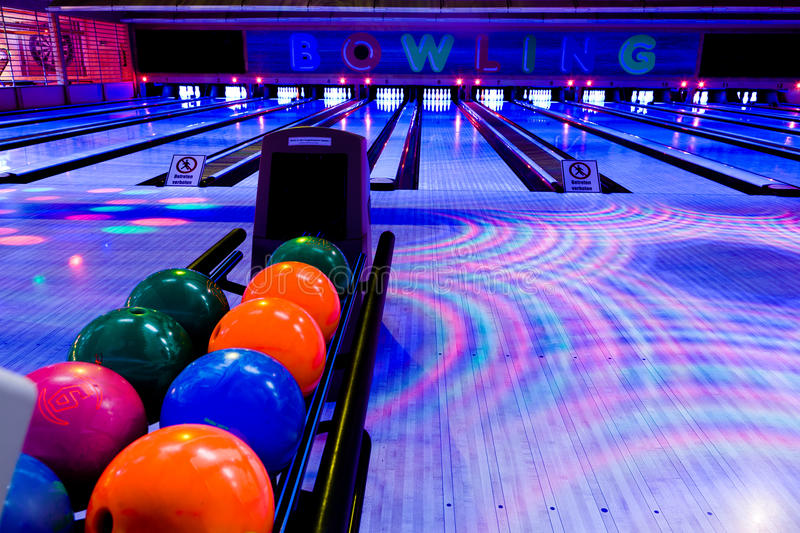 Download Bowling Center Stock Photography - Image: 22028512