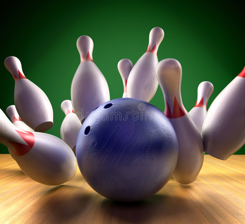 Free Bowling Strike Royalty Free Stock Images - 7589999