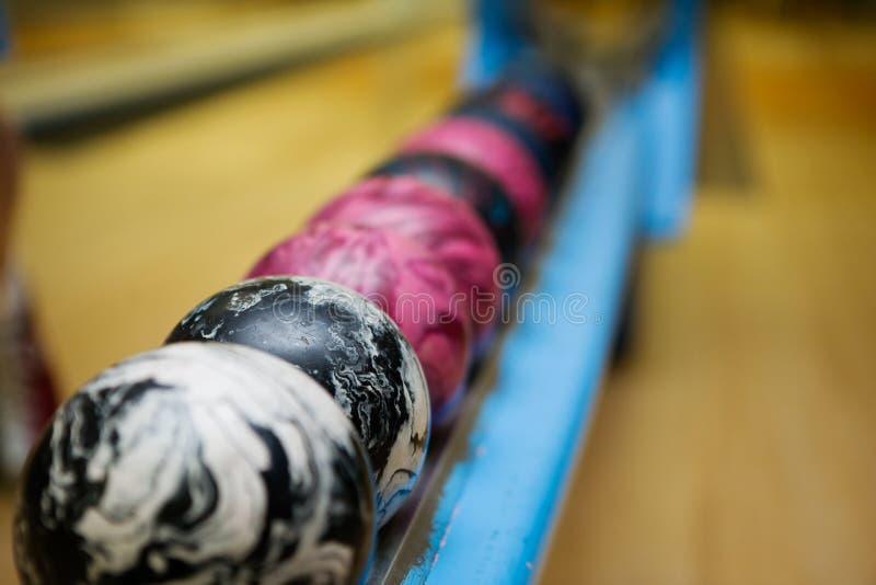 Bowlingspiel-Kugel-Detail lizenzfreie stockbilder