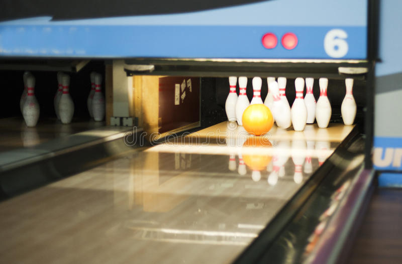 Bowlingspiel-Weg stockfoto