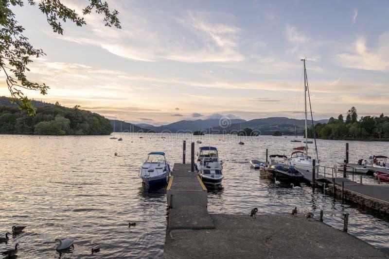 Bowness no distrito Cumbria Inglaterra Reino Unido do lago Windermere imagens de stock