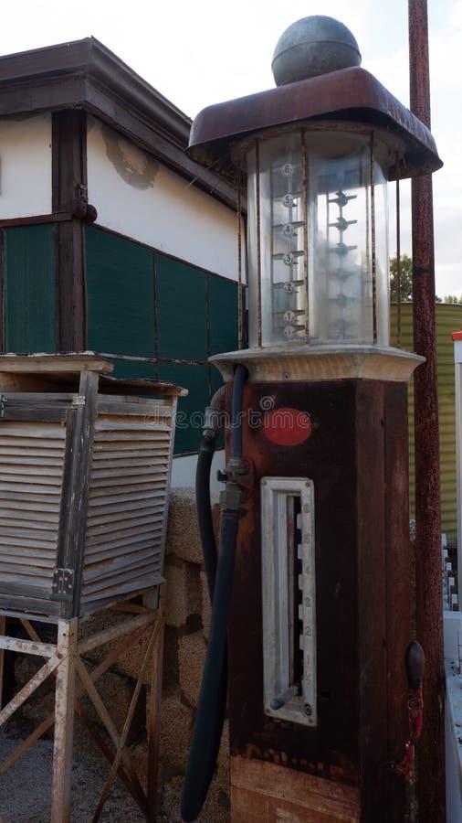 Bowser antique, pompe à essence, pompe à gaz, pompe à essence images stock