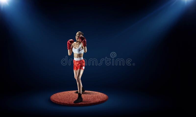 Boxaren segrade det första stället Blandat massmedia arkivfoto