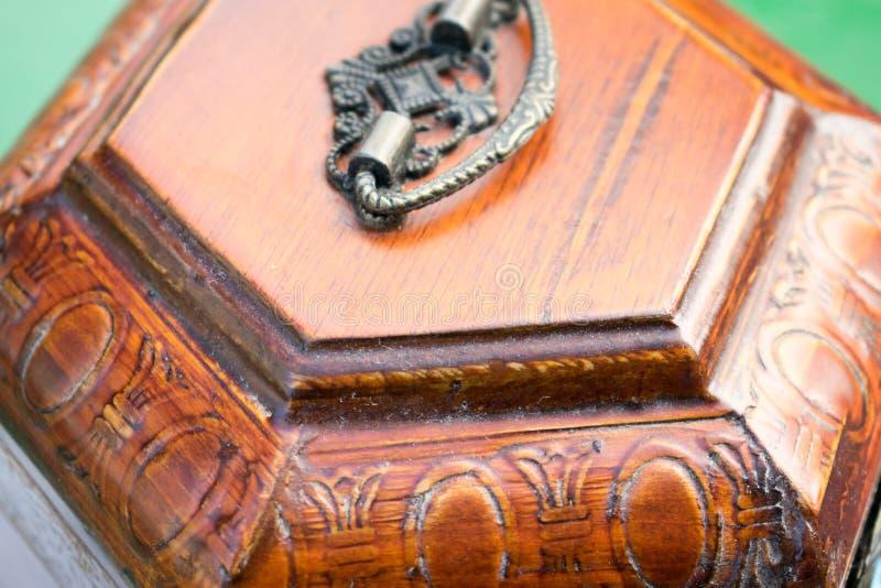 Boxas av trä royaltyfri foto