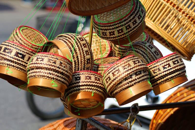 Boxas bamburis, behållaren, behållaren, ris, vishet i Thailand, arkivfoto