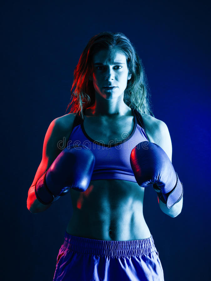 Boxe de boxeur de femme photos libres de droits