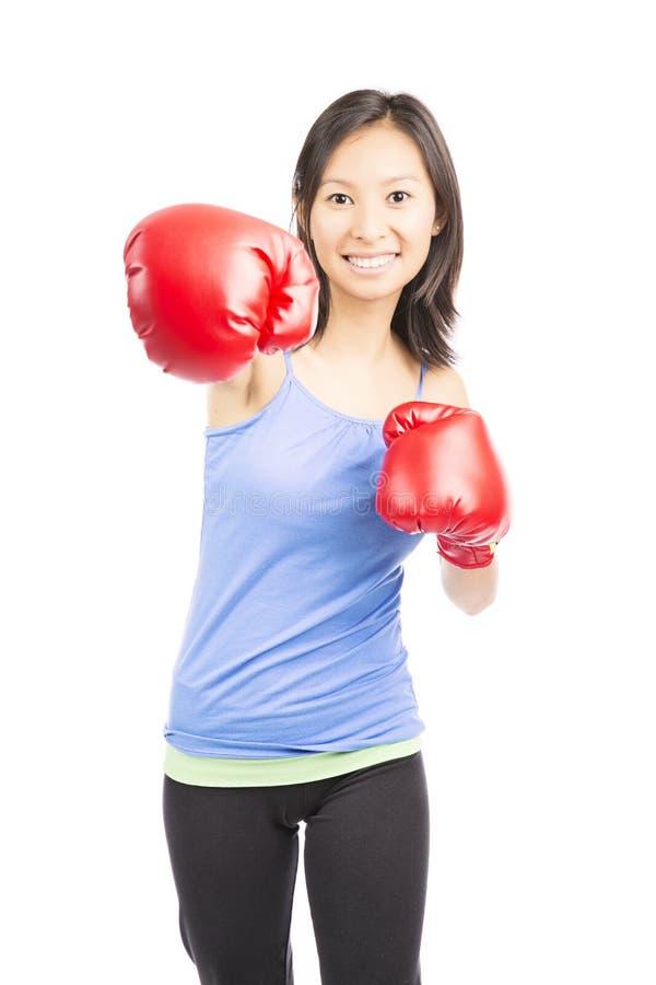 Boxe de femme de forme physique photo stock