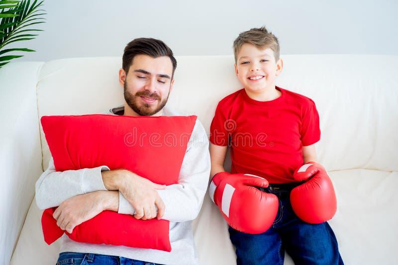 Boxe de père et de fils photo libre de droits