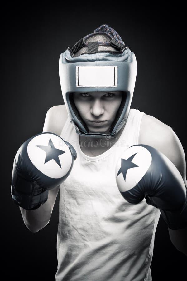 Boxeador joven foto de archivo libre de regalías
