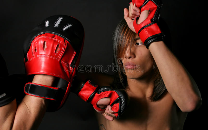 Boxeador tailandés imágenes de archivo libres de regalías
