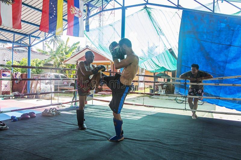 Boxeadores tailandeses fotos de archivo libres de regalías