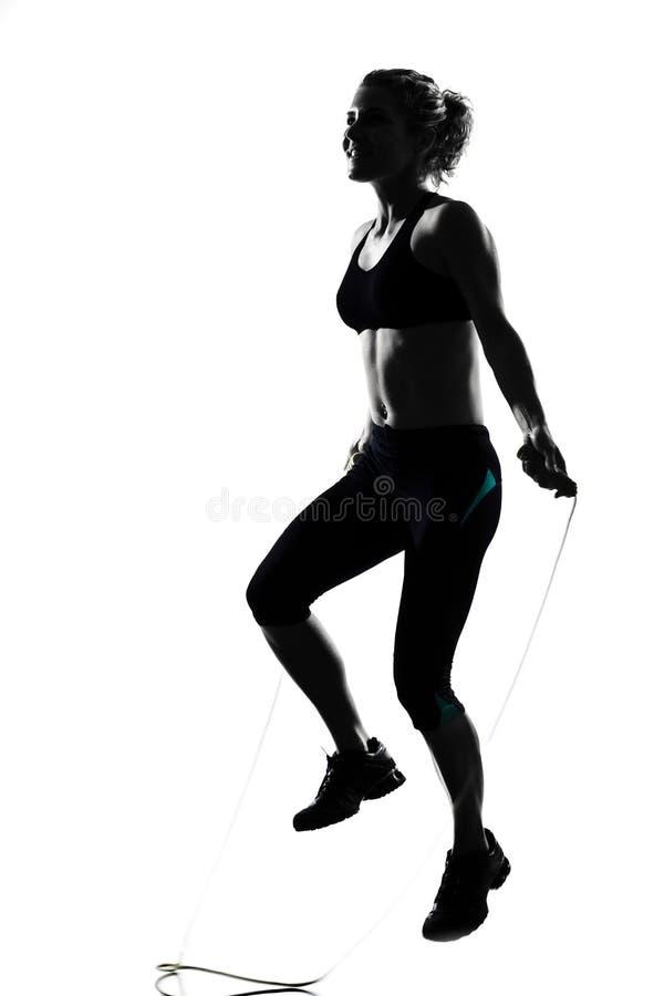 Boxeo kickboxing del boxeador de la postura de la mujer fotografía de archivo