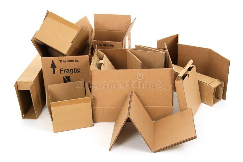 boxes den använda pappstapeln fotografering för bildbyråer