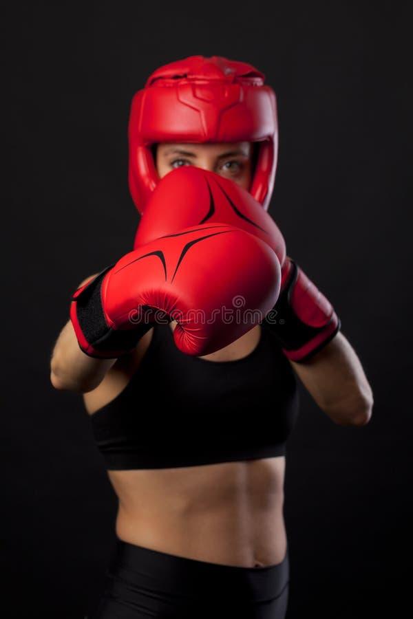 Boxeur féminin, concept superbe de femme photographie stock libre de droits