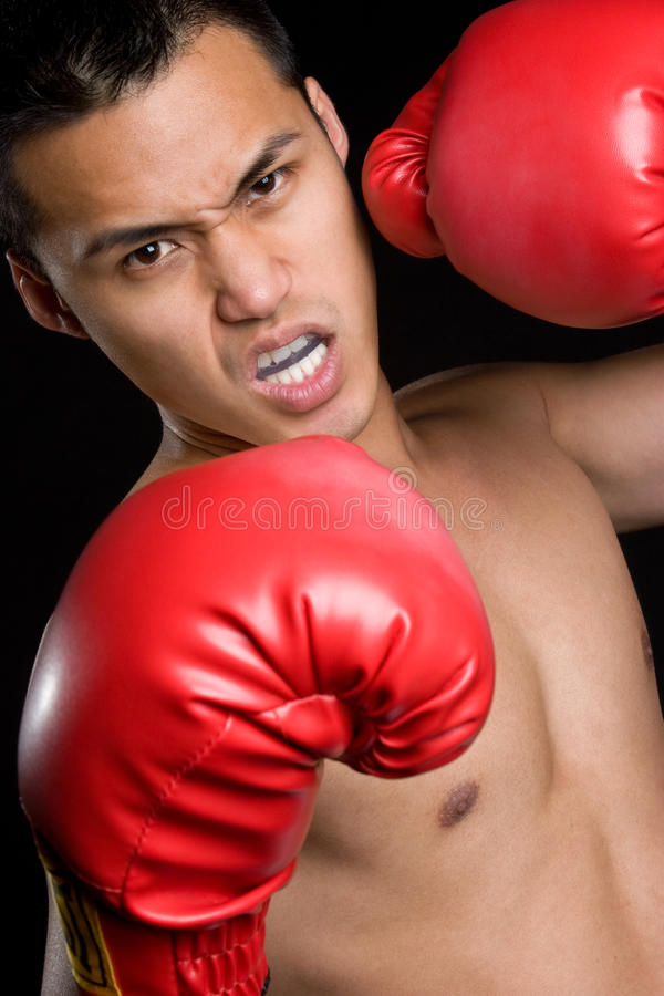 Boxeur mâle fâché photographie stock libre de droits