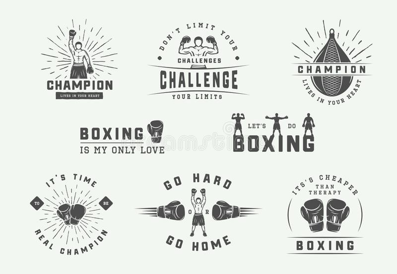 Boxning- och kampsportlogoemblem och etiketter i tappning utformar Motivational affischer med inspirerande citationstecken vektor illustrationer