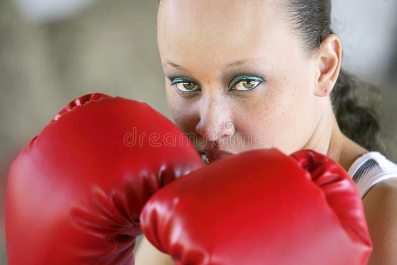 boxninggrafittikvinna arkivfoton