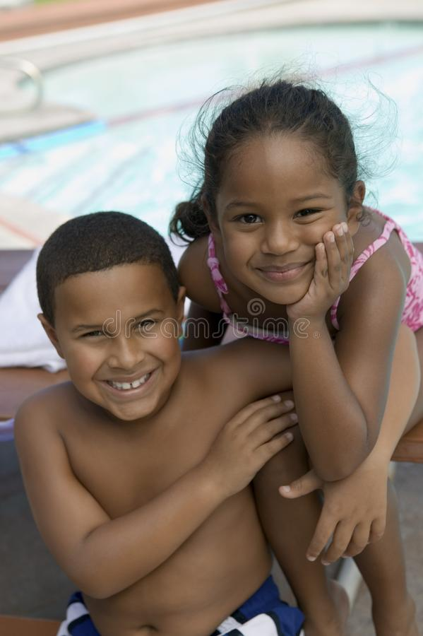 Free Boy (7-9) And Girl (5-6) Royalty Free Stock Photo - 13583995