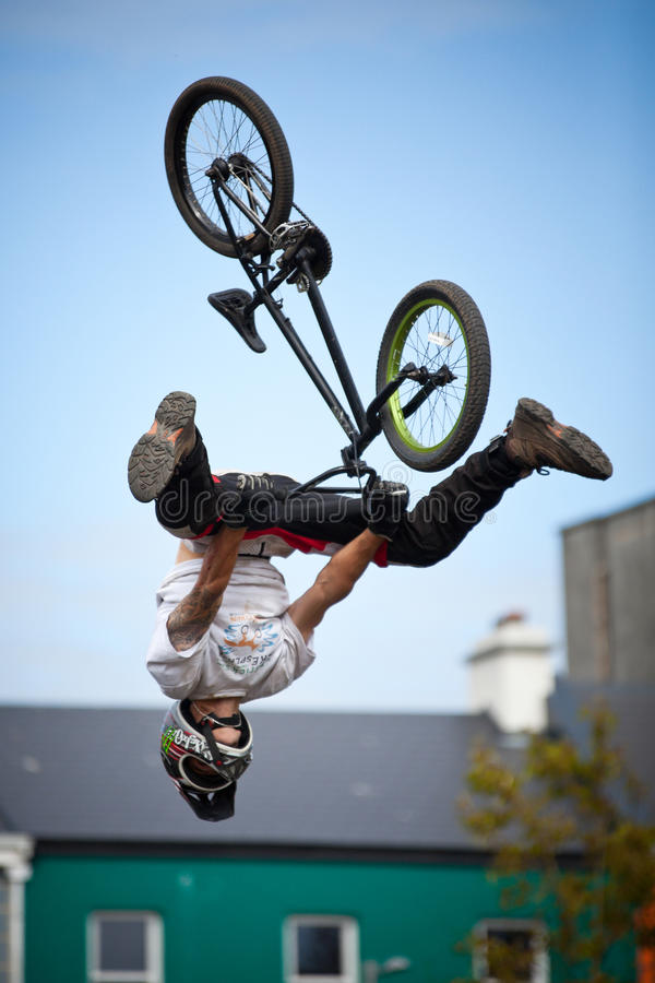 Download Boy On A Bmx/mountain Bike Jumping Editorial Stock Photo - Image: 20007663