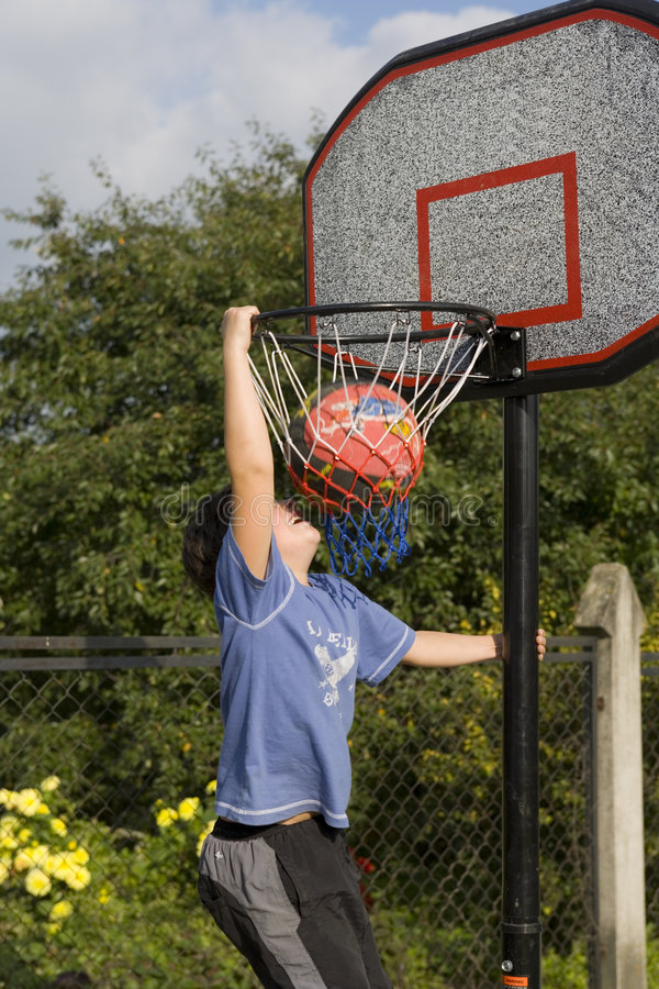 Free Boy Game Of Basketball Royalty Free Stock Images - 1304599