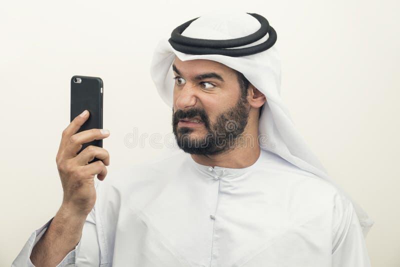 Boze Arabische Zakenman, Arabische Zakenman die woede uitdrukken royalty-vrije stock afbeelding