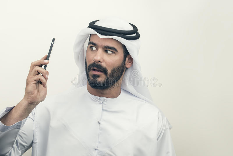 Boze Arabische Zakenman, Arabische Zakenman die woede uitdrukken stock foto