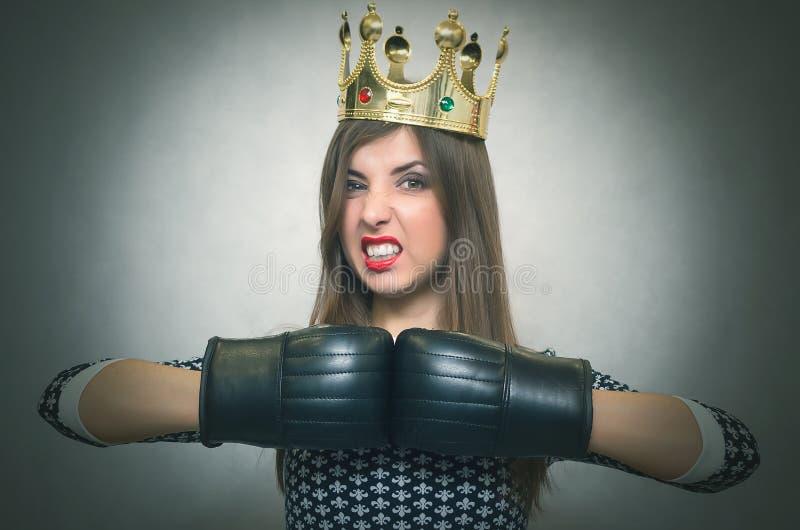Boze zekere vrouw Vrouwelijke rivaliteit stock afbeelding