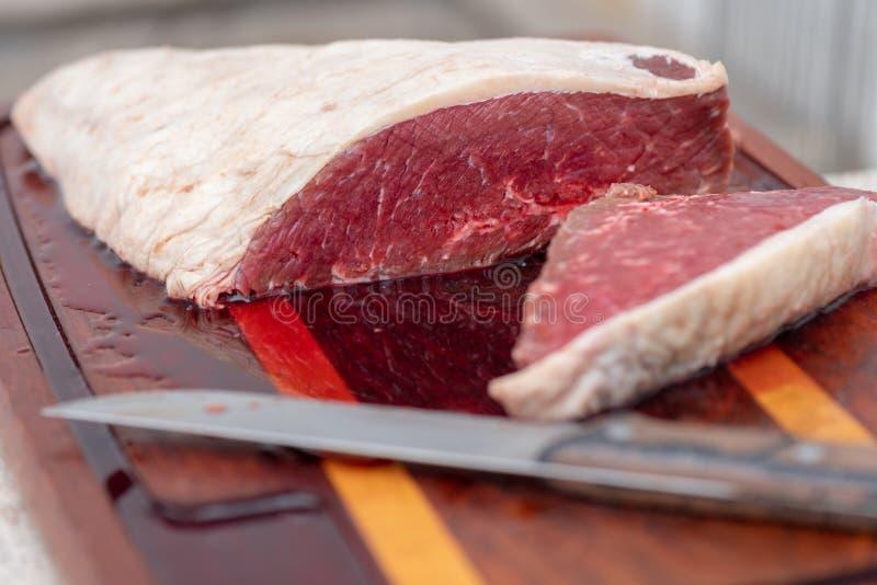 Bqq crudo y carne de la grasa de la sal imagen de archivo
