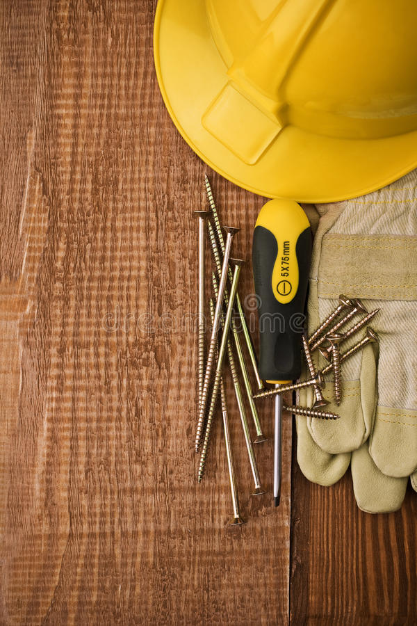 brädekopieringsavstånd tools trä royaltyfri bild