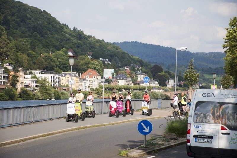 Brädet för jämvikt för sparkcykeln för tysk- och utlänninghandelsresandebruk rullar det smarta elektriska, eller Segway för turne royaltyfri foto