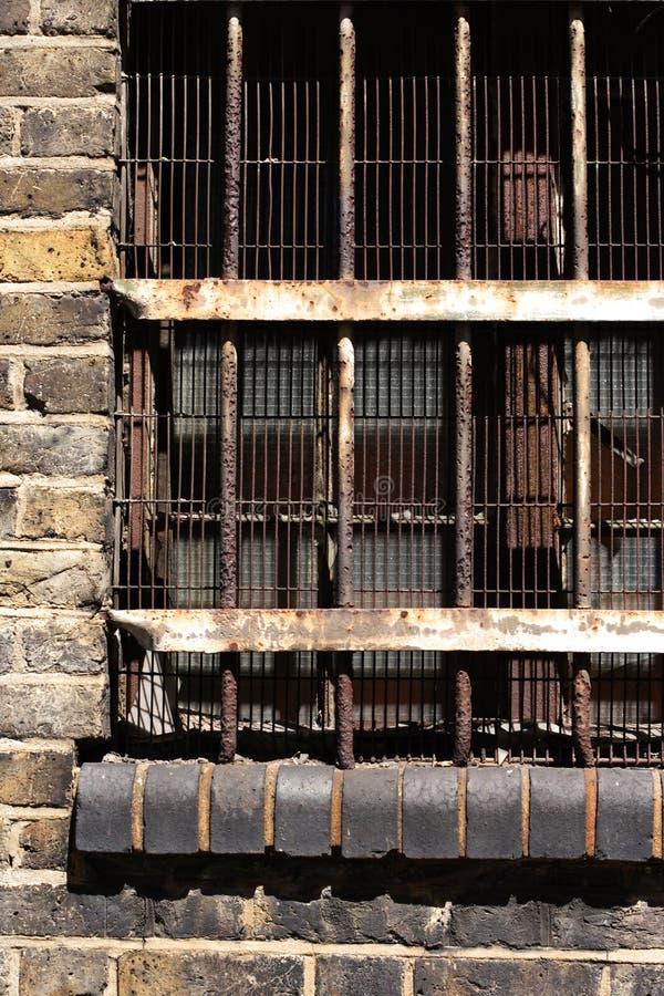 Download Bränd byggnad arkivfoto. Bild av rostat, tomt, satt, stad - 988166