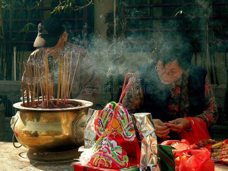 brännande tempel för hong rökelsekong royaltyfri fotografi
