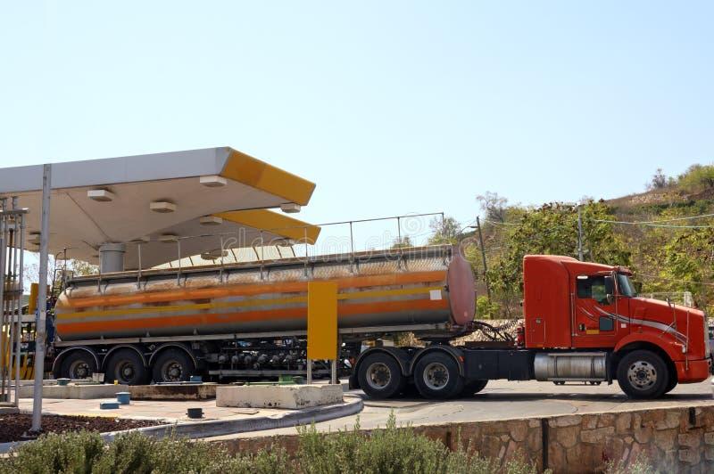 bränslelastbil fotografering för bildbyråer