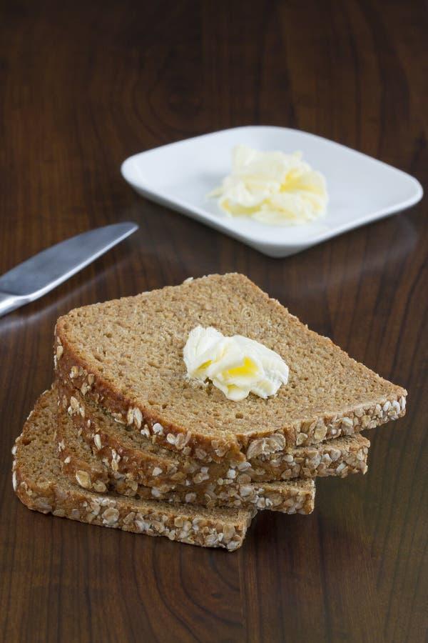 Download Bröd för helt vete fotografering för bildbyråer. Bild av bakade - 37346255