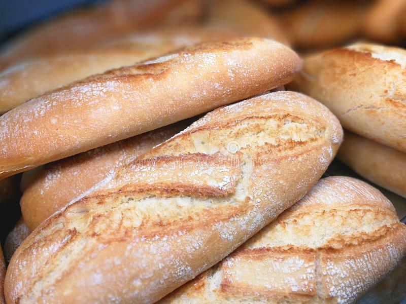 Bröd i ställa ut royaltyfria foton
