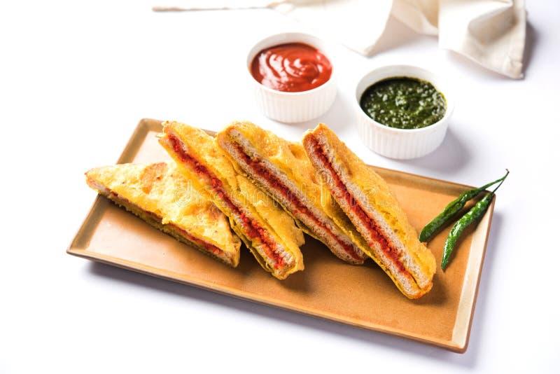 Bröd Pakora eller bröd Pakoda eller bhaji arkivfoton