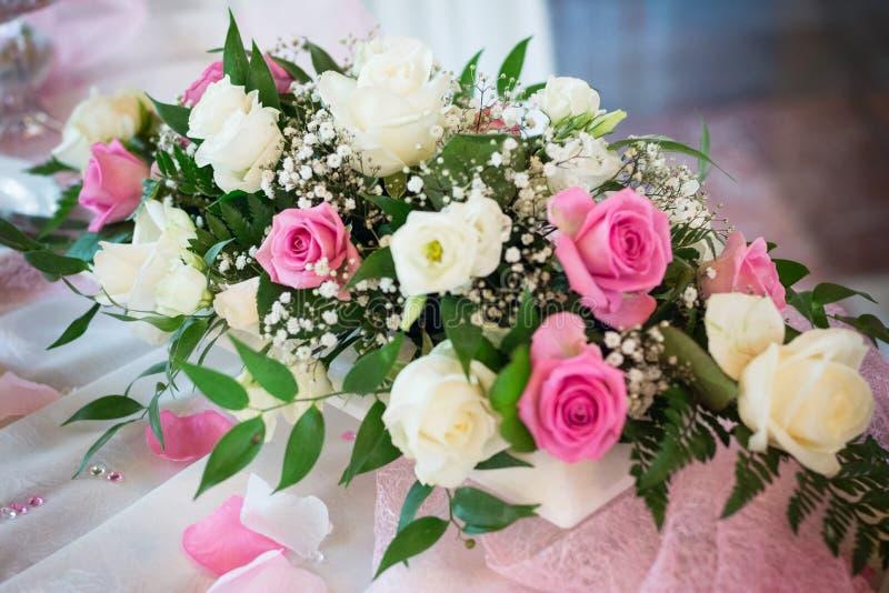 Bröllop- eller garneringblommabukett fotografering för bildbyråer