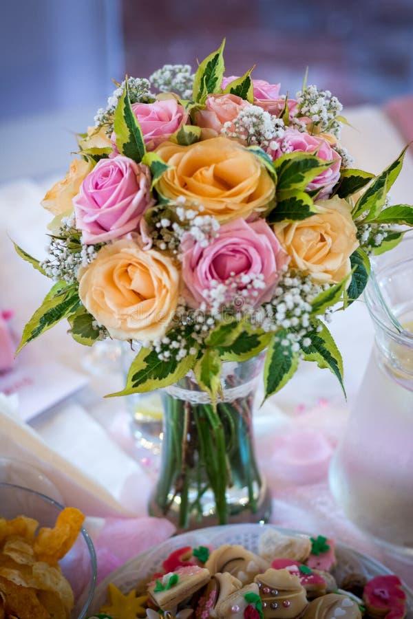 Bröllop- eller garneringblommabukett royaltyfri foto
