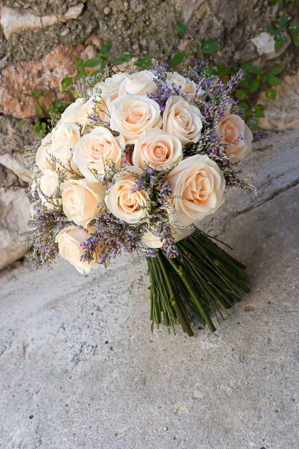 bröllop för 4 bukett arkivbild