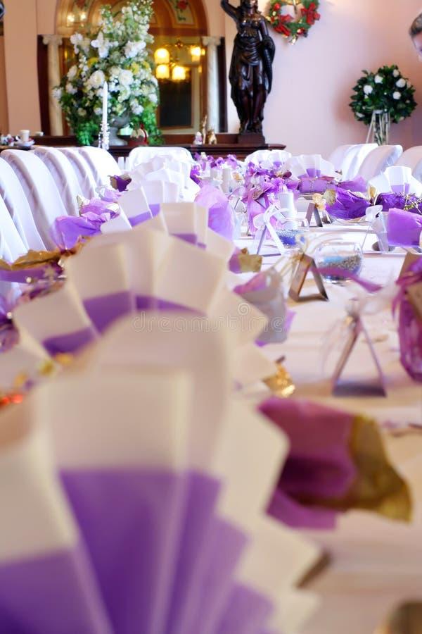 bröllop för ståendeinställningstabell arkivfoton